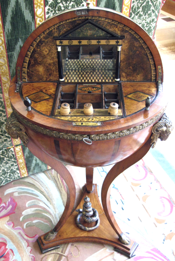 globe Biedermeier work table