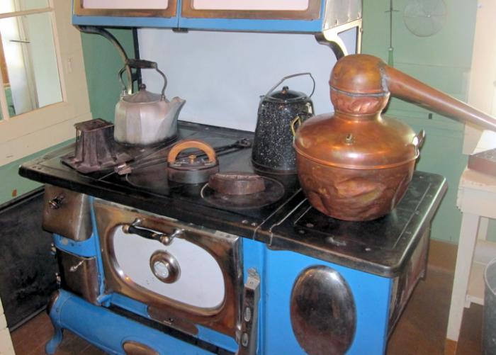 stovetop still kettle toaster sadiron