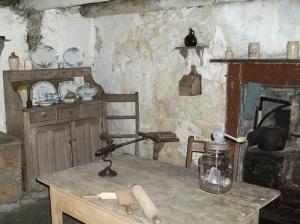 Hanging wooden salt box, Scottish