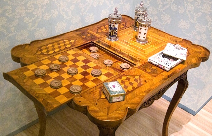 games and cards table 18th century