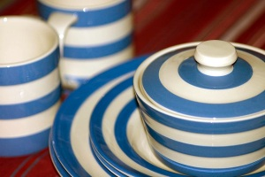 Cornish blue plates covered dish